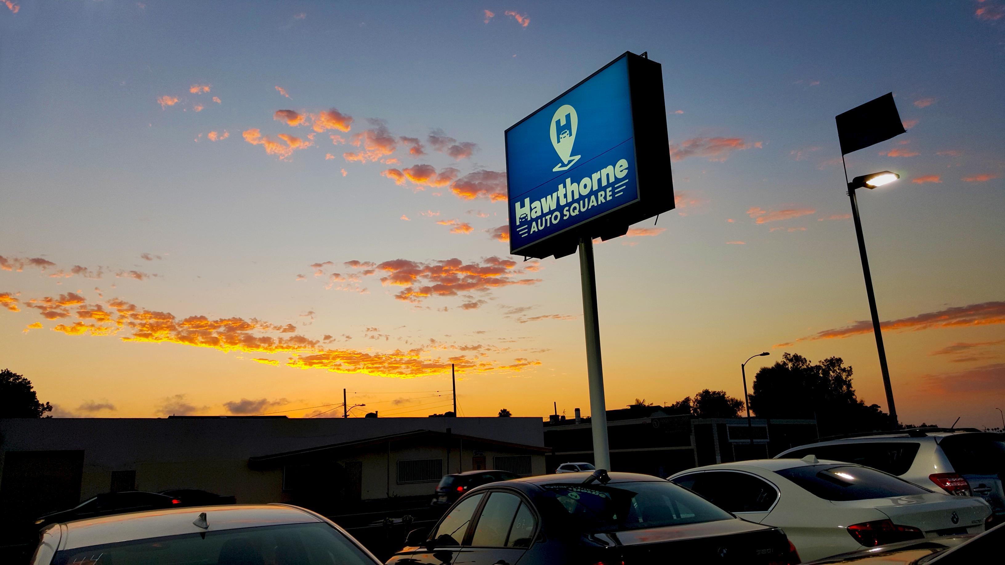 Hawthorne Auto Square Sign